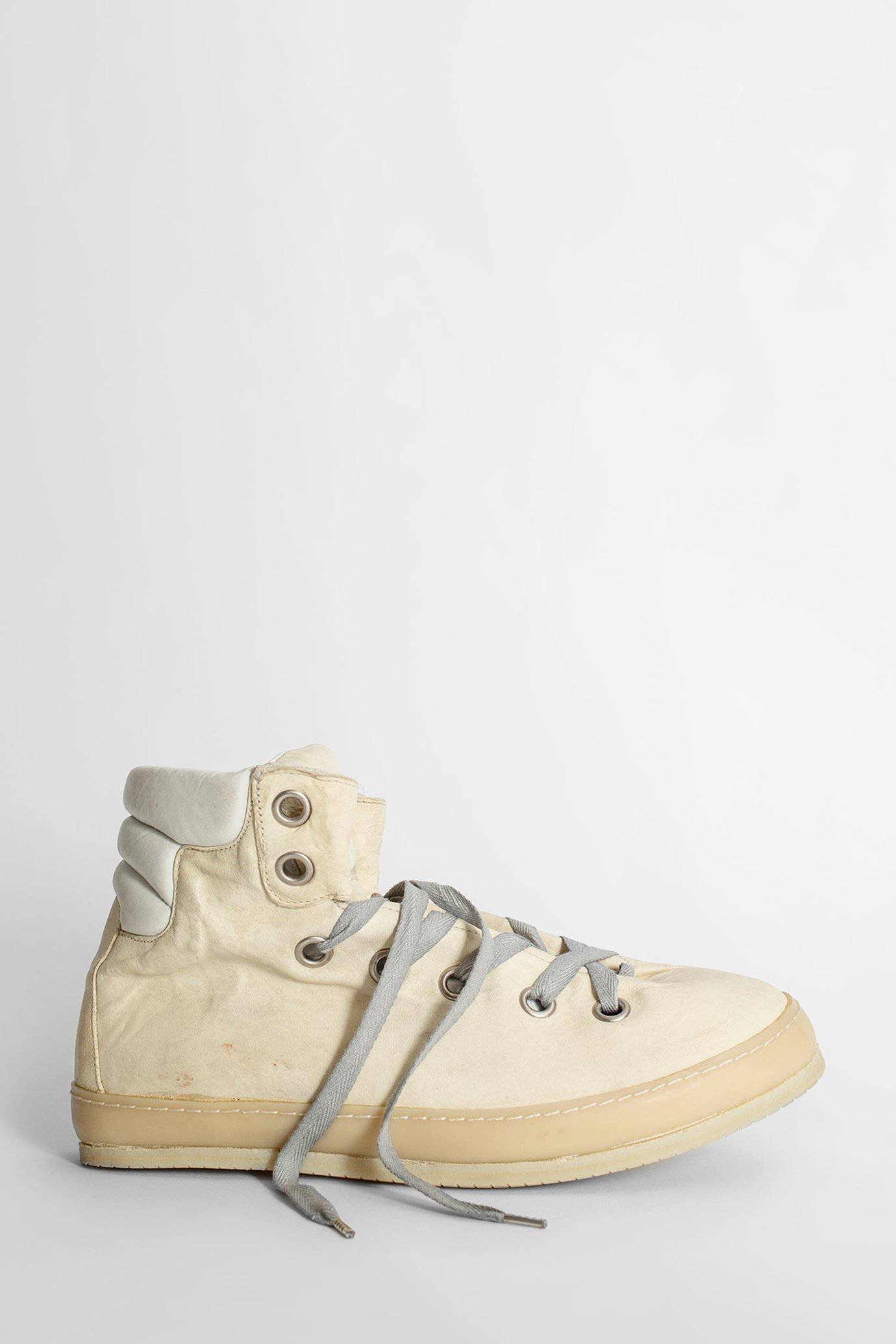 A Diciannoveventitre Sneakers In Off White