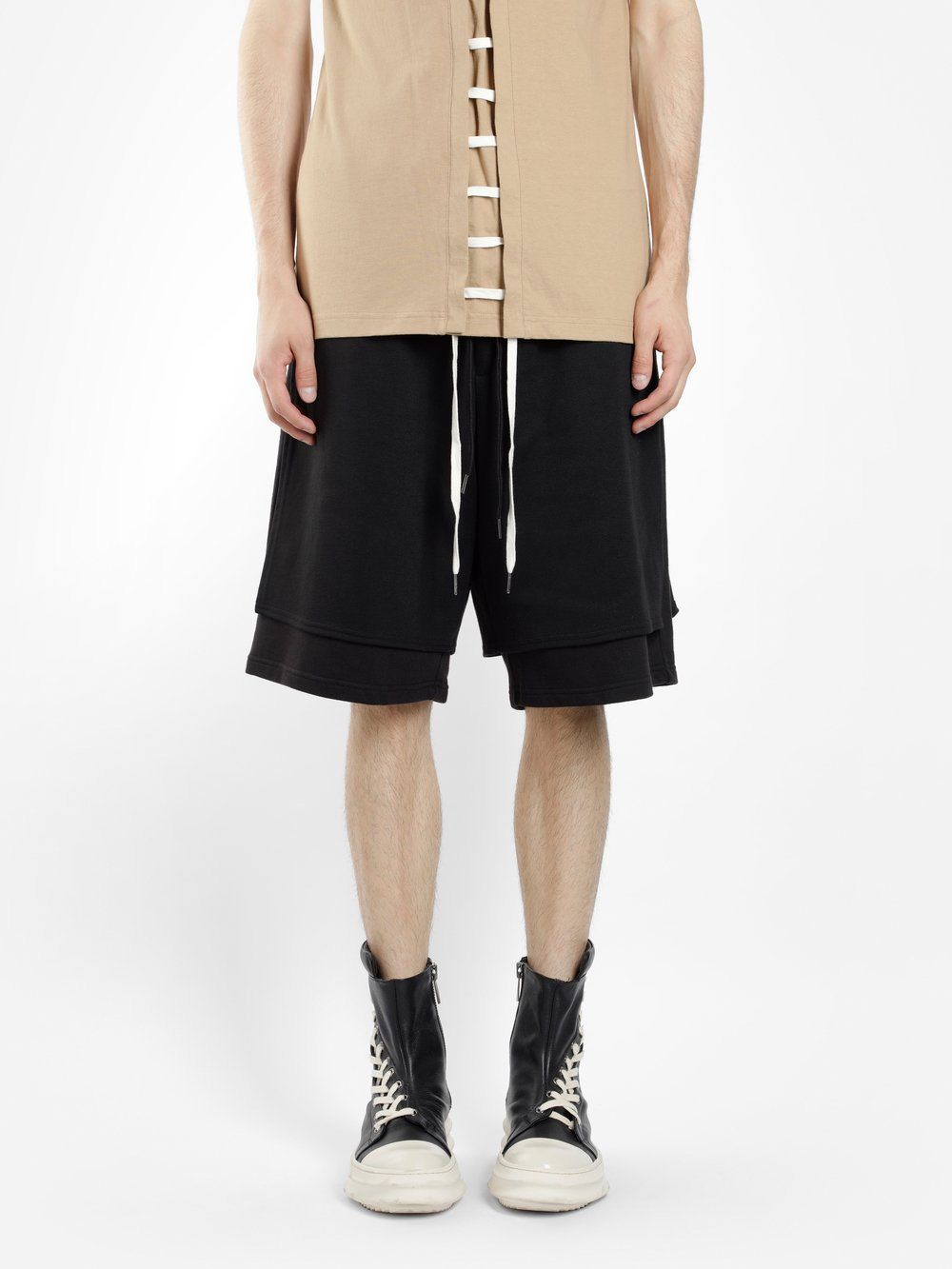 D.GNAK BY KANG.D MEN'S BLACK DOUBLE HEM JERSEY SHORTS