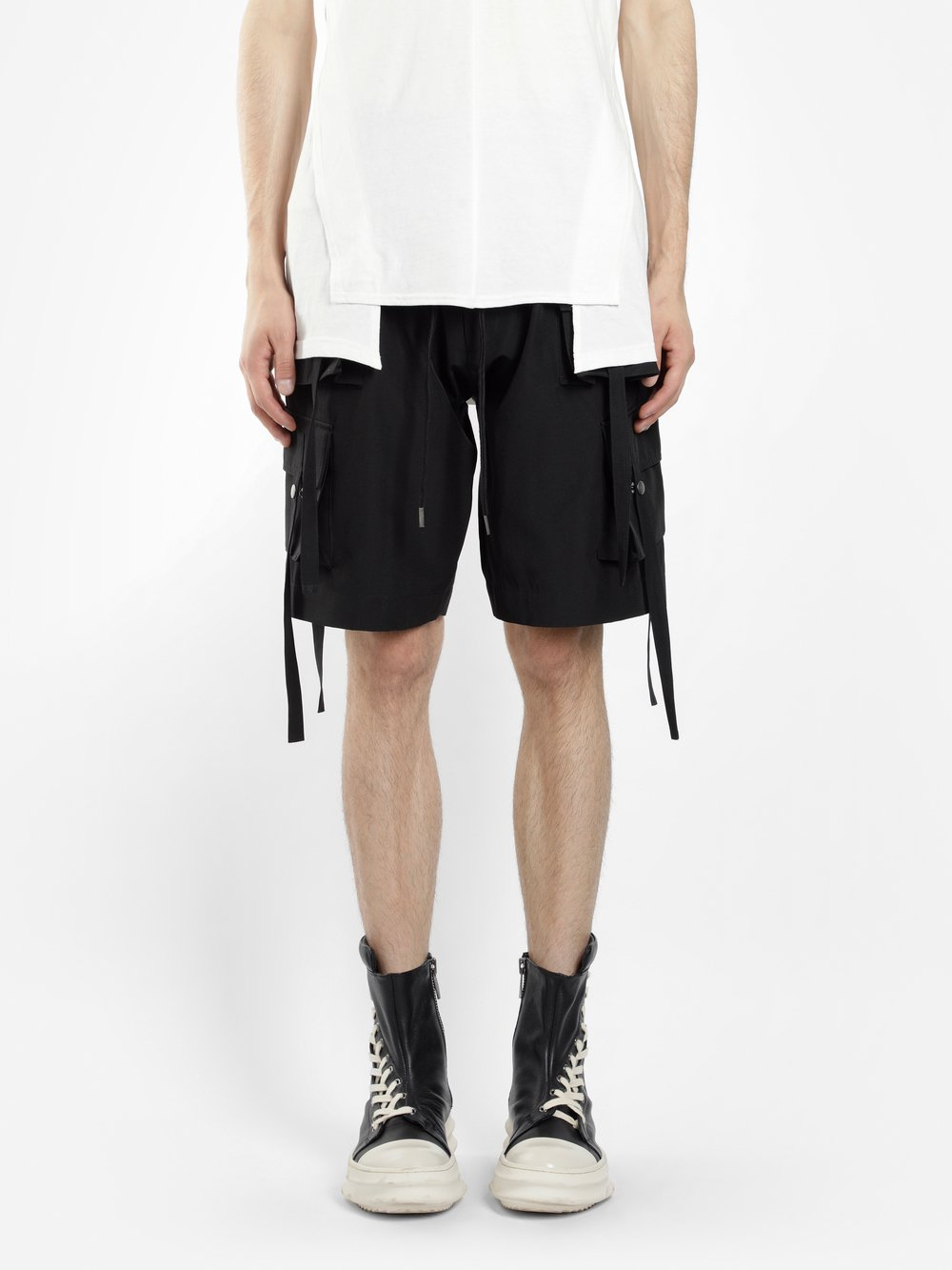 D.GNAK BY KANG.D MEN'S BLACK CARGO SHORTS