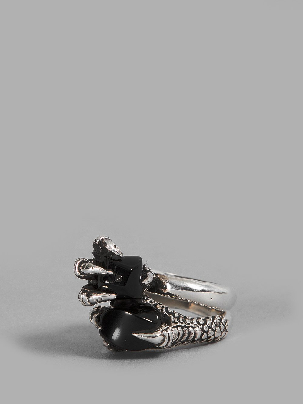 KD2024 Kd2024 Silver Set Human Claw Rings in Two Rings With Claw And Black Stone